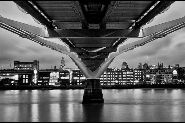 24_Under Millennium Bridge_187