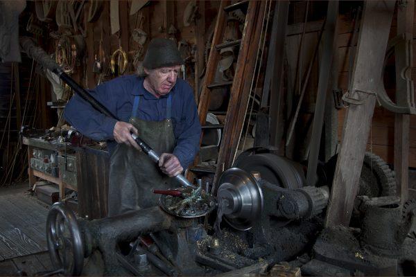 POpen-A-395-Metal Worker